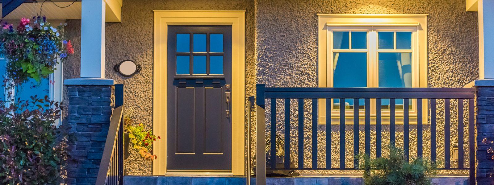 porch-house-shutterstock_477112234-1600x600
